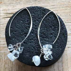 Jewelry - Earrings sterling silver and stone 🦋